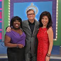 Drew on set with <i>Talk</i> co-hosts Julie Chen & Sheryl Underwood during their day as guest models