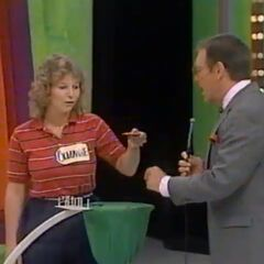 Suzanne's first draw is a strike.