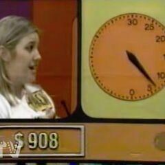 ...900, 905, 910, 905, 913, 911, 909, 908.