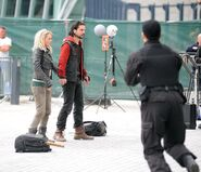 Critictoo series - Primeval On the set (9)