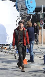 266px-Critictoo series - Primeval On the set (17)
