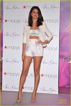 Selena-gomez-macys-launch-03