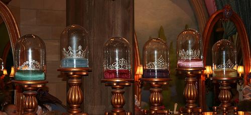 File:The Princess Tiaras in the Bippity Boppity Boutique in Cinderella Castle - Magic Kingdom.jpg