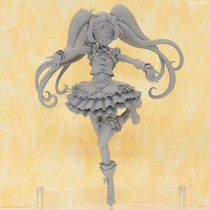 Laala Manaka Scale Figure by Aquamarine