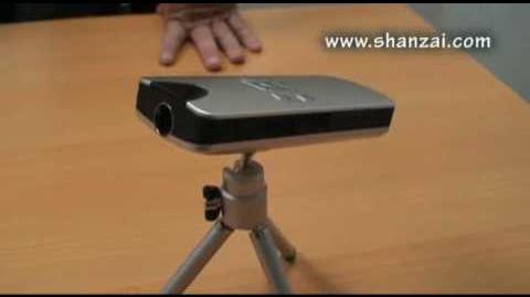 Review V200 Portable Mini Projector