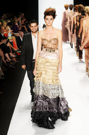 Michael Costello Project Runway Runway Spring DRH1vUVgAlVl