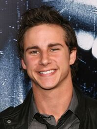 87705 kelly-blatz-shows-off-his-pearly-whites-at-the-premiere-of-prom-night