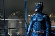 Dark-knight-rises-batman-img1