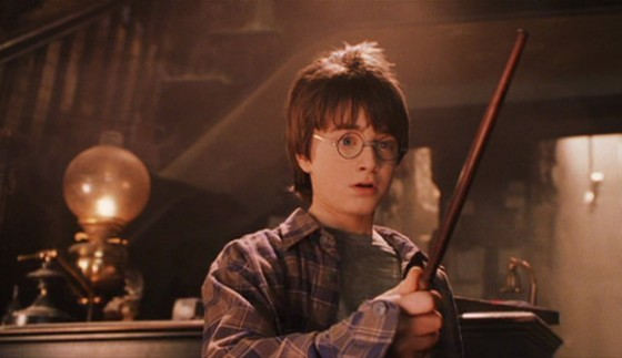 Harry-potter-wand-chooses-the-wizard-560x323