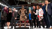 WM 35 Roddy Piper statue.1
