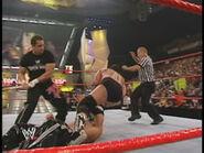 Raw 29-7-2002.10