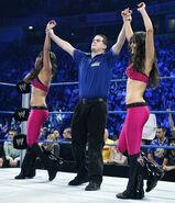 SmackDown 11-21-08 007