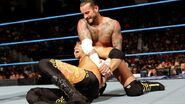 October 28, 2011 Smackdown results.32