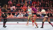 4.10.17 Raw.61