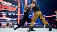 October 12, 2015 Monday Night RAW.31