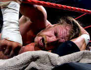 Raw2May-2005-20