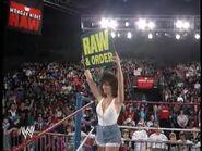 April 19, 1993 Monday Night RAW.00032