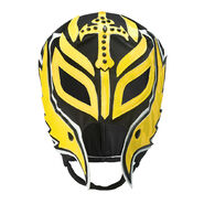 Rey Mysterio Black-Yellow Replica Mask