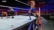 WWESUPERSTARS51211 20
