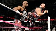 October 12, 2015 Monday Night RAW.24