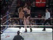 April 19, 1993 Monday Night RAW.00010
