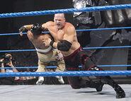 December 2, 2005 Smackdown.15