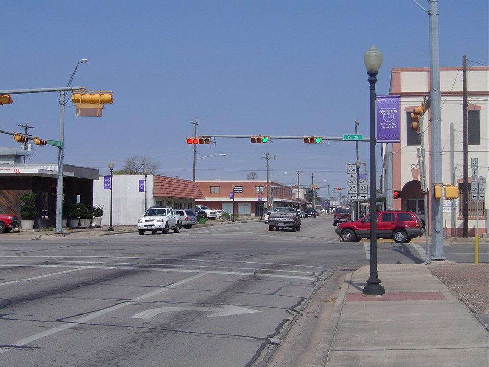 Angleton, TX