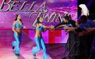 SmackDown 11-28-08 004
