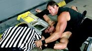 Raw 6-25-01 Awesome wins title-2
