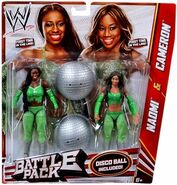 WWE Battle Packs 24 Cameron & Naomi