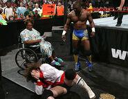 Raw-13-2-2006.28