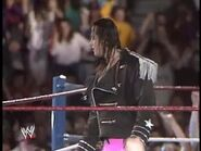 April 19, 1993 Monday Night RAW.00028