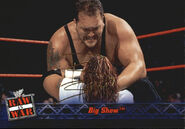 2001 WWF RAW Is War (Fleer) Big Show 44