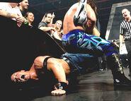 June 13, 2005 Raw.28