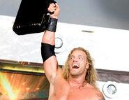 Raw-9-May-2005.34