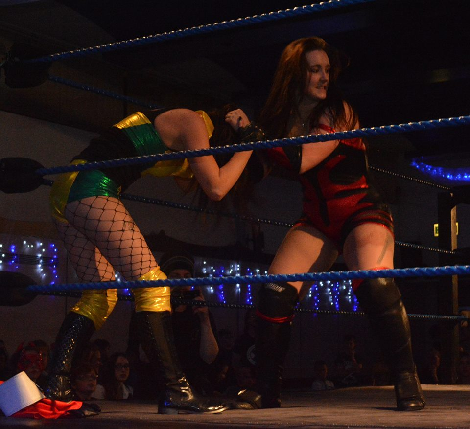 Image Lana Austin vs Danielle Hunter