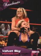 2009 TNA Knockouts (Tristar) Velvet Sky 18