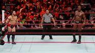 WWE Superstars 10-11-2016 screen2