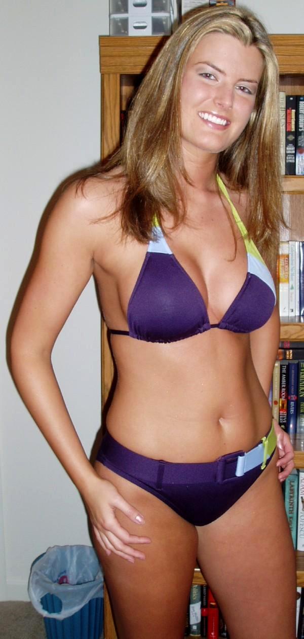 Rachel reynolds nude breasts