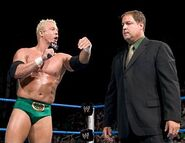 Smackdown-25Aug05-16