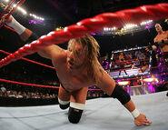 December 12, 2005 Raw.32