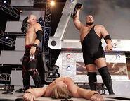 November 7, 2005 Raw.23