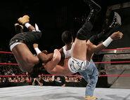 Raw 30-10-2006 26