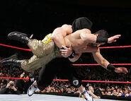 December 12, 2005 Raw.39