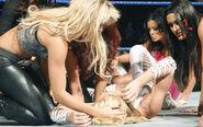 SmackDown 10-3-08 010