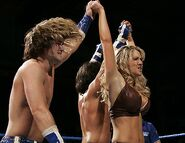 Smackdown-19-May-2006-5