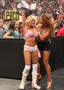 Kelly & Eve @ SummerSlam 2011