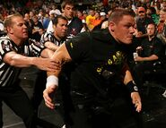 Raw 14-8-2006 38