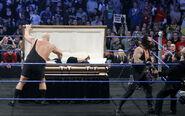 SmackDown 11-21-08 011