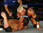 Smackdown-20-April-2007.18